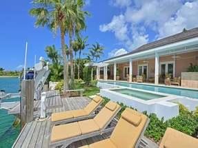8 BEACH ISLAND,Old Fort Bay