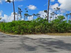 LOT 14 BAHAMIA NORTH,Freeport