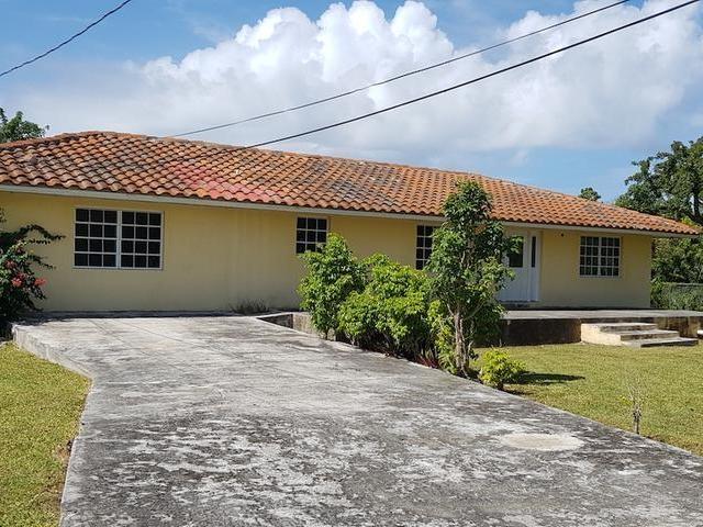 71 PETTICREW LANE,Bahama Terrace