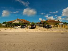 HANDSOME INCOME COTTAGES,Bahamia