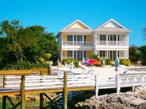 TWIN PALMS COTTAGE 1,Green Turtle Cay