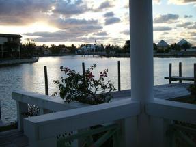 BLUE MARINA CONDOMINIUMS,Bahamia