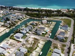 POINCIANA CAY, SANDYPORT,Cable Beach