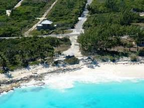 QUEENS HIGHWAY,Bahama Sound