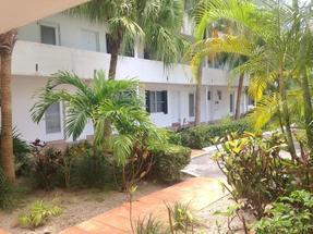 302 LAKEVIEW MANOR,Bahamia