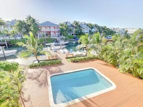 7 ROYAL PALM CAY,Cable Beach