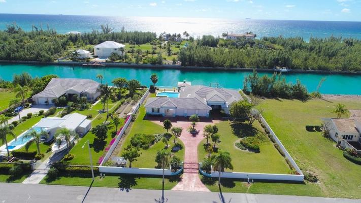 18-19 BAYVIEW COURT,Bahamia