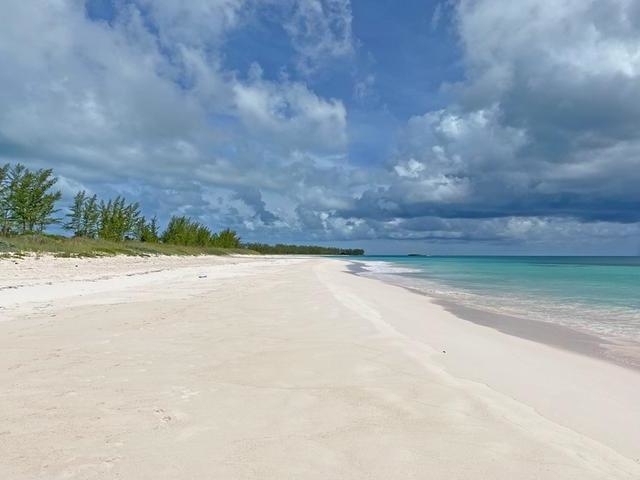 FRENCH LEAVE 10.44 ACRES,Governor's Harbour