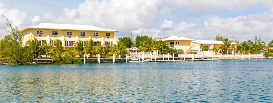 37 BAHAMA REEF BLVD,Bahama Reef Yacht & Country Club