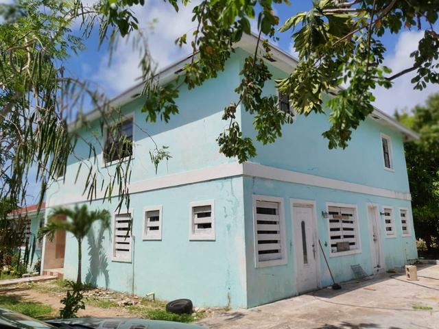 CHURCHILL PLACE, NASSAU E,Yamacraw