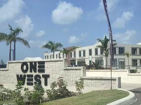 ONE WEST-1 BDRM APARTMENT,West Bay Street