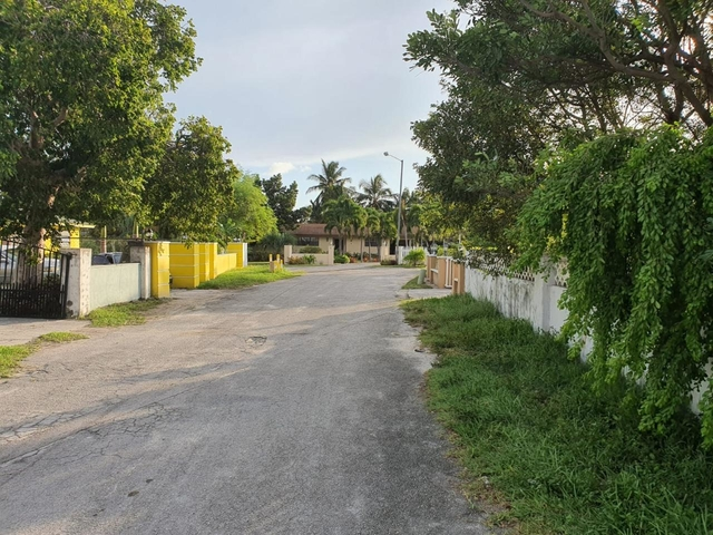 COLONY VILLAGE ROAD,Prince Charles Drive