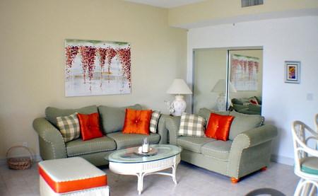 Emerald Bay Condominiums Pinta Ave, South Bahamia