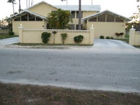 A Midshipman Road Lucaya, Grand Bahama