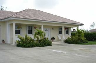 20 Mundon Ave Lucaya, Grand Bahama