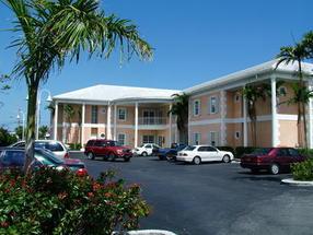 Mall Drive Downtown, Grand Bahama