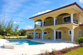 25 Crossbones Close Fortune Bay, Grand Bahama