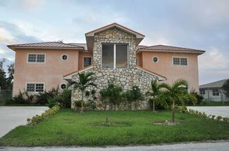 20 Indiana Lane Lucaya, Grand Bahama