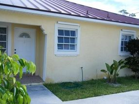 21 Chesterford Street, Block 8 - Apt 3 Sentinel Bay, Grand BAhama