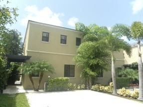 70 Charlotteville & Turnberry Nassau, Bahamas