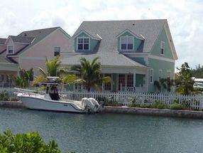 Royal Palm Cay, Sandyport Nassau, Bahamas