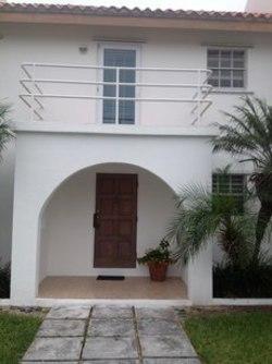 2 Sea Beach Estates Nassau