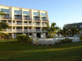 117 Cannes Village Lucaya, Grand Bahama