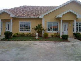 A Hampshire Drive, Bl 31, lot 5 Bahamia