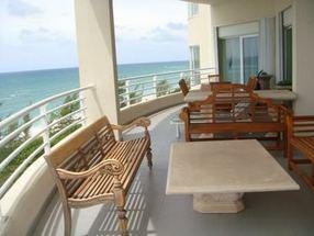 503 Oceanview Condominiums Lucaya, Grand Bahama