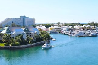 713 Harbour House Towers Lucaya, Grand Bahama