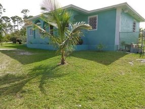 17 Dominica Ave Royal Bahamia Estates, Grand B