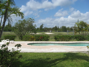 7f Indiana Apartments Lucaya, Grand Bahama