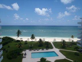 77 Silver Point Condominiums Lucaya, Grand Bahama