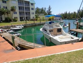 114 Cove House Condominiums Lucaya, Grand Bahama